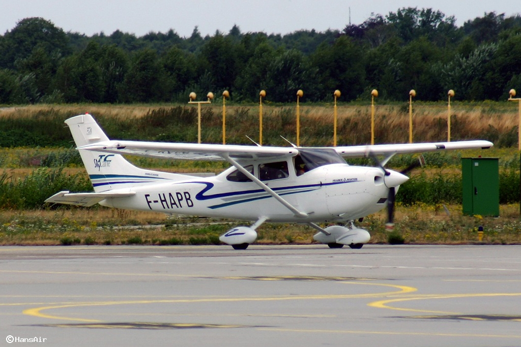 Danish register of civil aircraft oy ppc cessna t182t for Ppc eindhoven